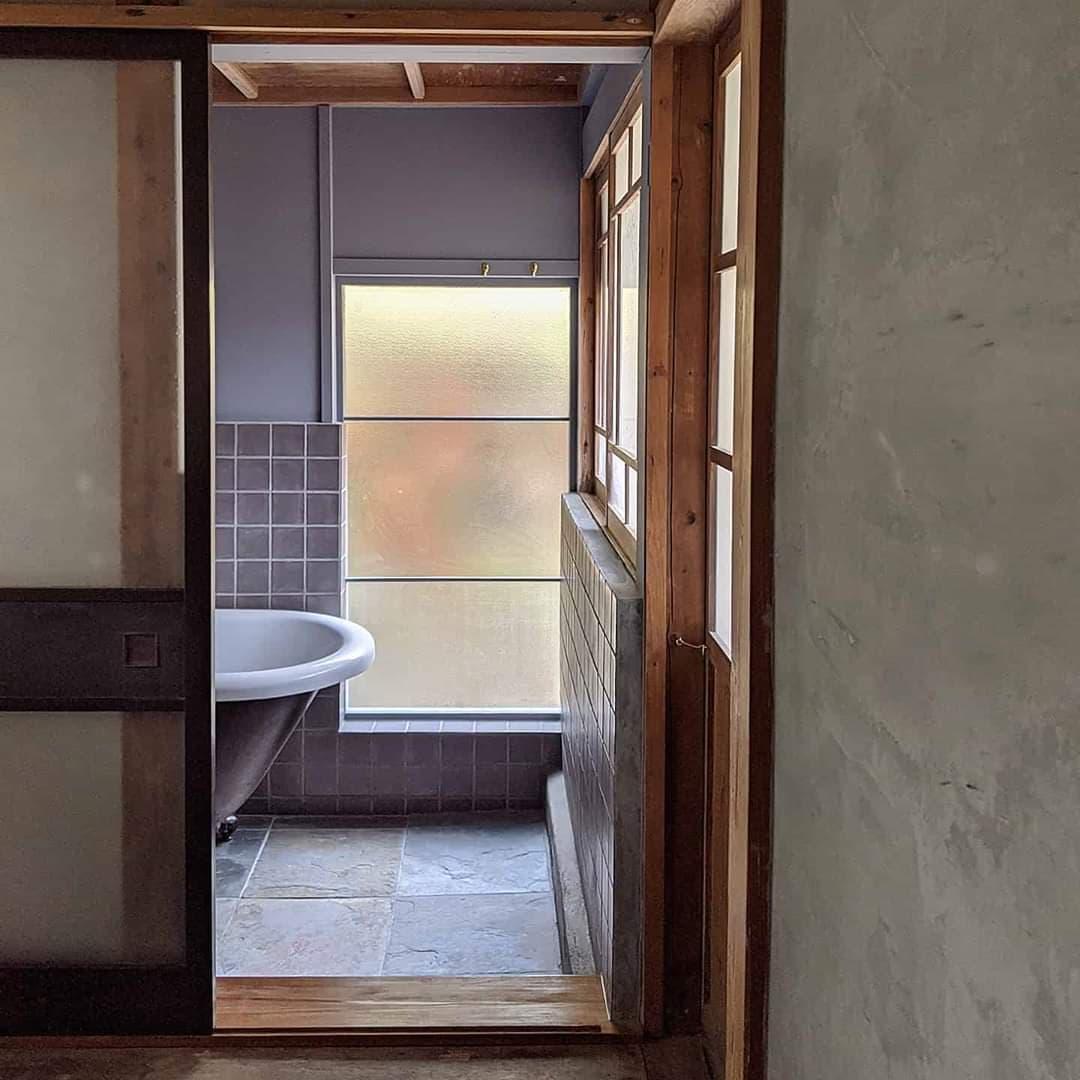 小森のツキノシタの浴室